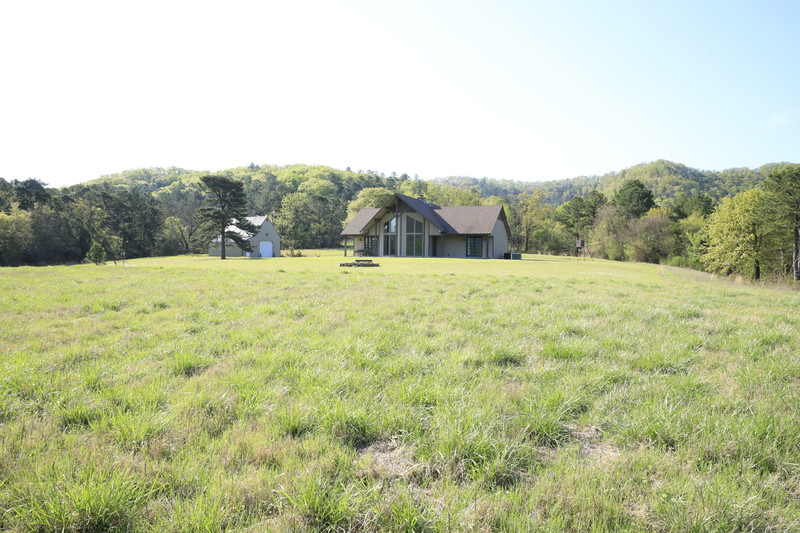 Buffalo Mountain Custom Retreat On 90 Acres-SKB